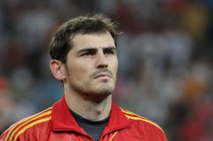 Iker Cassilas is determined to reach 185 caps.