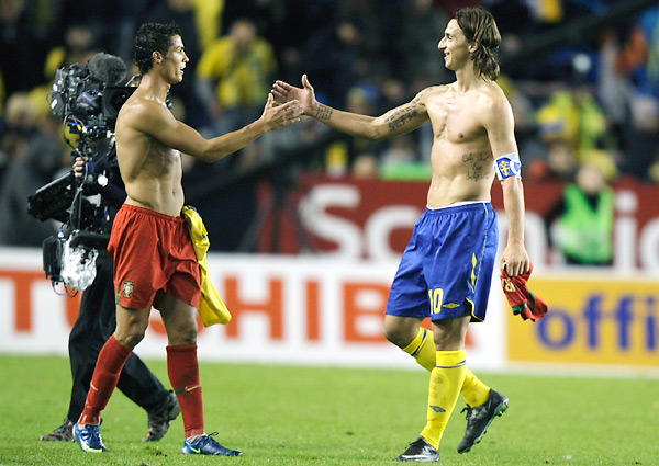 I know just what the blog needs: Some half-naked dudes! Zlatan and Cristiano.