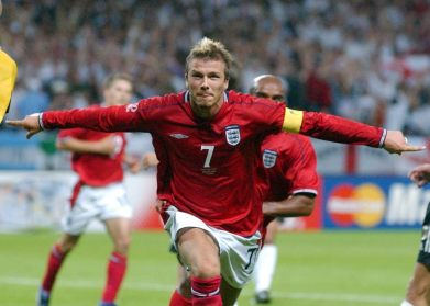 Becks after scoring the penalty against Argentina